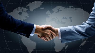 Parcerias internacionais garantem proteção de marcas brasileiras no exterior e a vinda de investidores ao Brasil